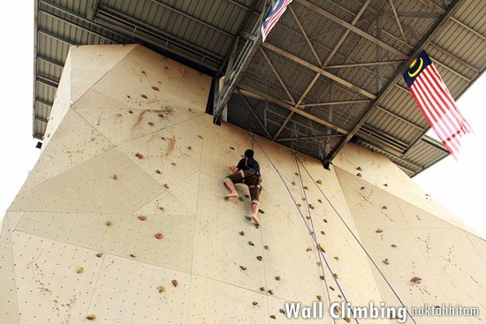 Wall Climbing @ Extreme Park