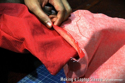 Tutorial: How To Make a Reversible Laptop Sleeve 6