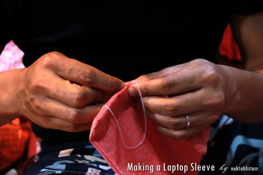 Tutorial: How To Make a Reversible Laptop Sleeve 9