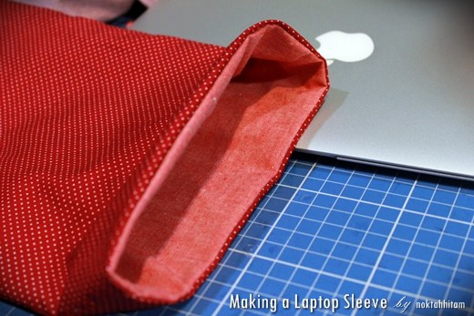 Tutorial: How To Make a Reversible Laptop Sleeve 10